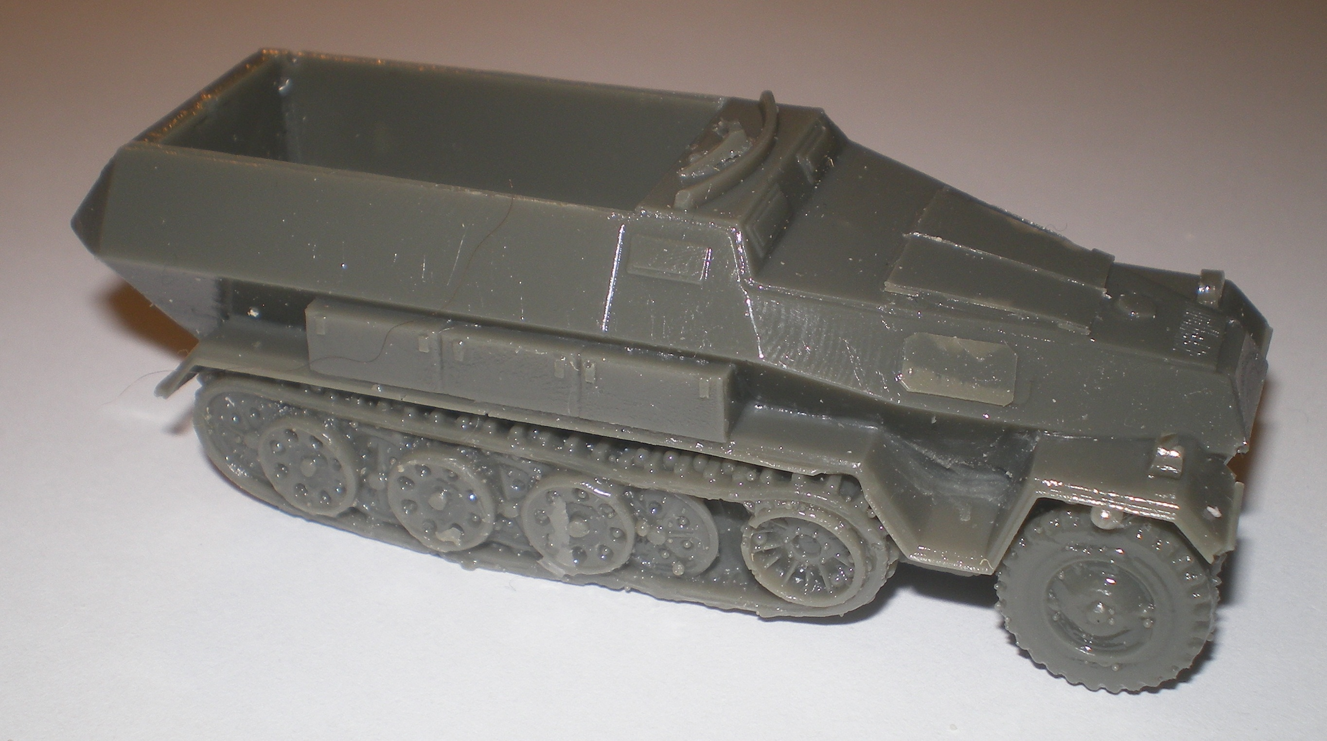 "Frontline 20mm 1//72 German Sd Kfz 234//3 /""Stummel/"" Armoured Car"